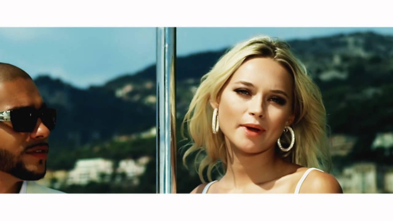 Блондинка из клипа туса