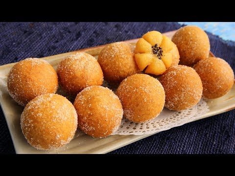 Korean chapssal doughnuts (Sweet, chewy, doughnut balls filled with sweet red beans)