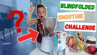 GEBLINDDOEKTE SMOOTHIE CHALLENGE! | LAKAP JUNIOR