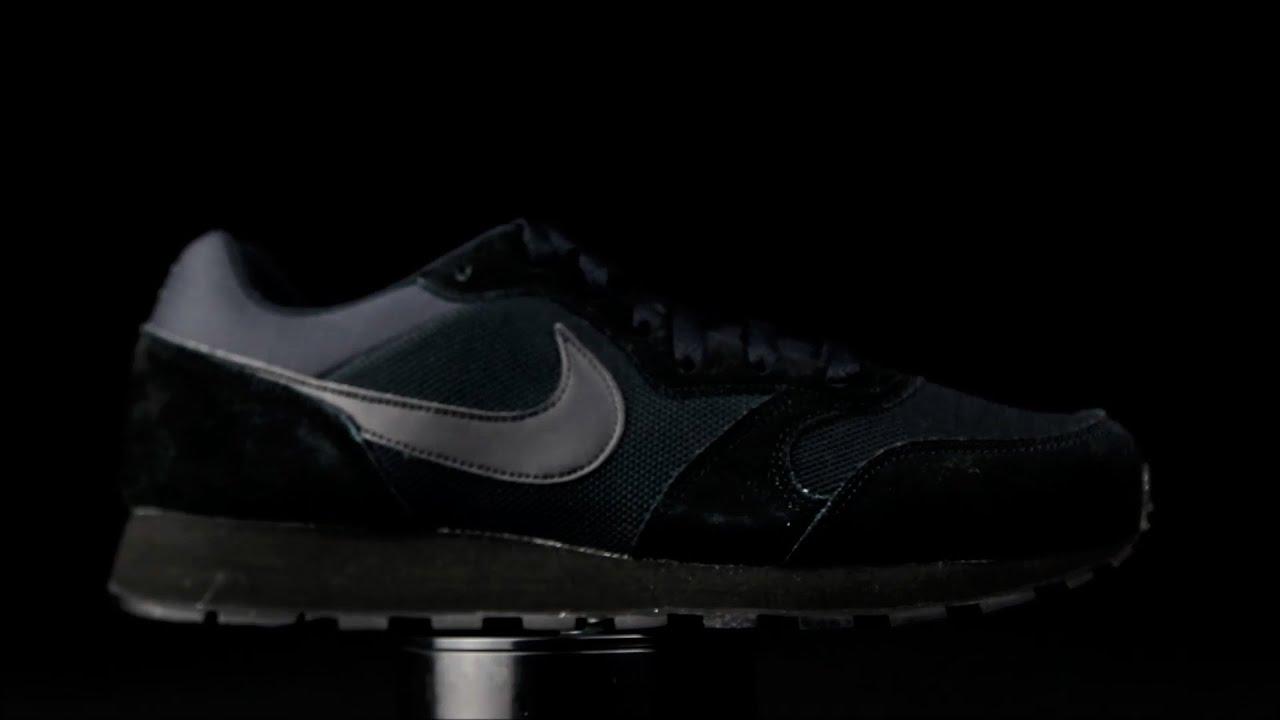 Nike MD Runner 2 negro.
