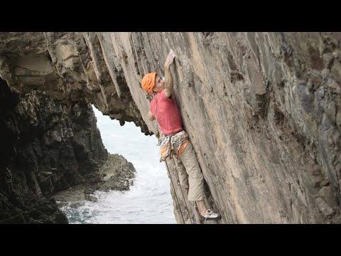 steve-mcclure-climbs-e10:-choronzon,-pembroke