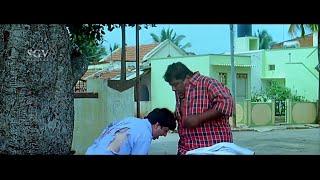 Mad person asking address to Bullet Prakash   Kannada Comedy Scenes   Mallikarjuna Kannada Movie