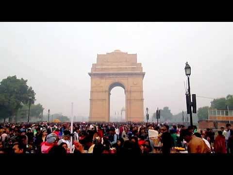 crowd before 69th republic day 2018 at INDIA gate--Digamber Rawat