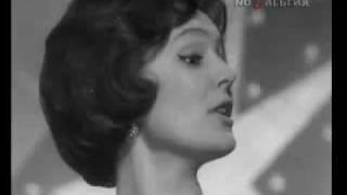 Юлия Пашковская - Идёт девчонка