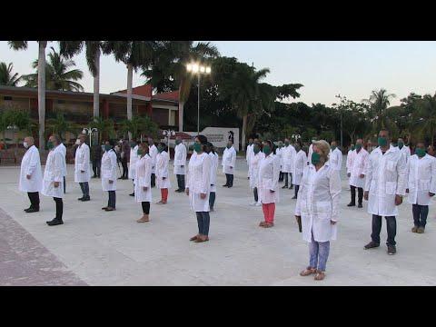 afpes: Médicos cubanos van a Andorra, su segundo destino europeo contra la COVID-19 | AFP