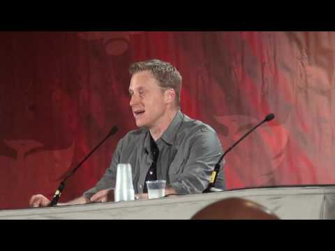 Alan Tudyk on his dream death  after arrest of armed man at Phoenix Comicon.