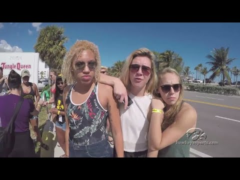 Hawkeyes Take Boat Tour Around Fort Lauderdale