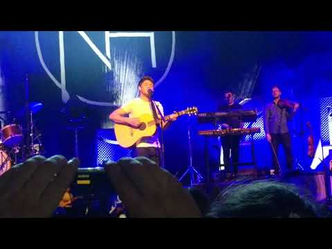 Fire Away -- Niall Horan, Flicker Sessions, Dublin (8/29/2017)