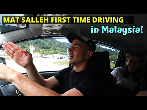 How it's like to drive in Malaysia: Driving on the wrong side of the road! - MALAYSIA TRAVEL VLOG