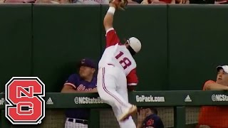 NC State's Evan Mendoza Makes Amazing Catch in Foul Territory