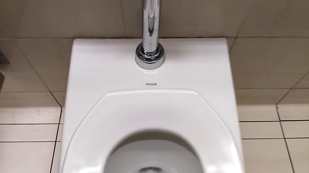 US TOILET = «KOHLER Kingston Toilet and SLOAN Flushometer» - YouTube
