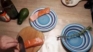 ВКУСНЕЙШАЯ СЕМГА С АВОКАДОВЫМ СОУСОМ( здоровая еда