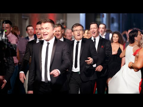 Walk of Life - Opening The Late Late Country Special 2019 | The Late Late Show | RTÉ One