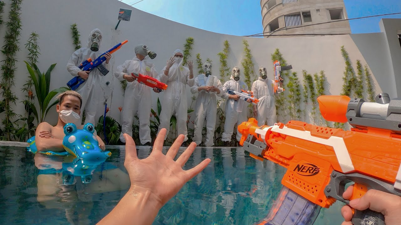 Nerf War: Toilet Paper War (First Person Shooter 8)