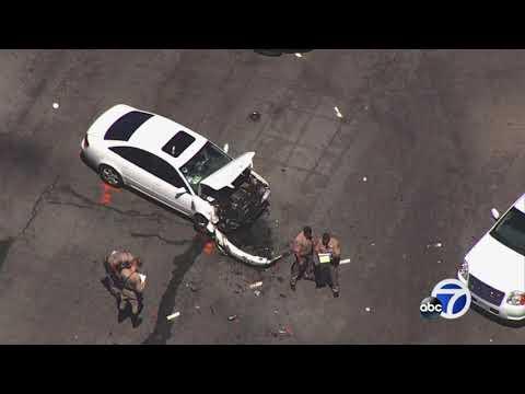 Five injured in crash involving ambulance, Audi in San Lorenzo