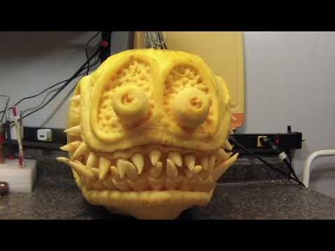 Danny Kissel pumpkin carving - Dauer: 22 Sekunden