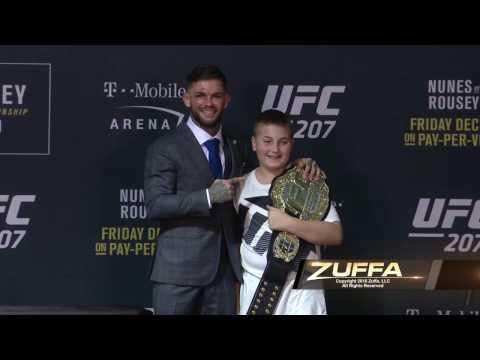 Cody Garbrandt hands over UFC title to his biggest inspiration