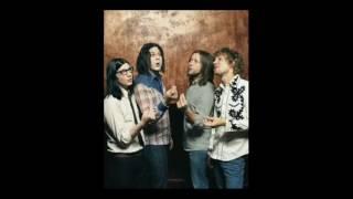 Hands - The Raconteurs (lyrics)