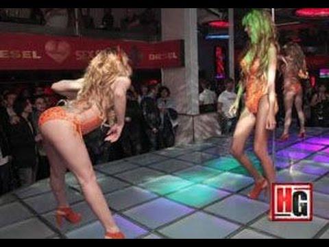 Strip Tease Porn Videos  Pornhubcom