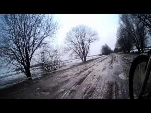 Весна, велосипед, дорога