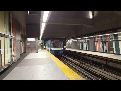Sortie du métro de Montréal STM la ligne 2 orange tout le trajet MR-73