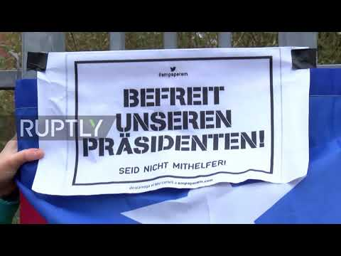 Germany: 'You are not alone' - Puigdemont supporters rally at Neumunster prison