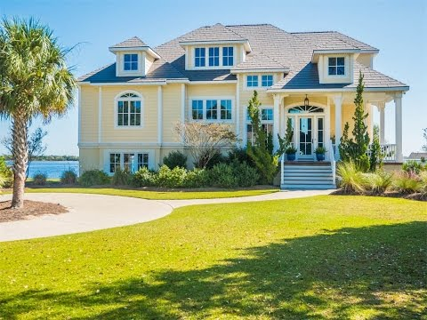 Fine Waterfront Living in Swansboro, North Carolina