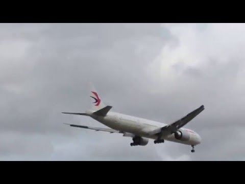 China Eastern Airlines Landing Rwy 10C Chicago O'Hare Airport