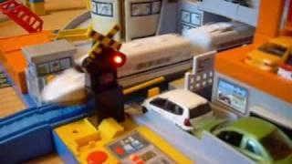踏切オートステーションで遊んでみた! プラレール thumbnail