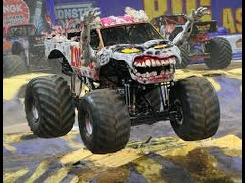 The Zombie Freestyle Monster Jam 2015 Youtube
