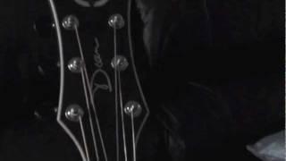 Dean Exhibition Thin Body Guitar Review