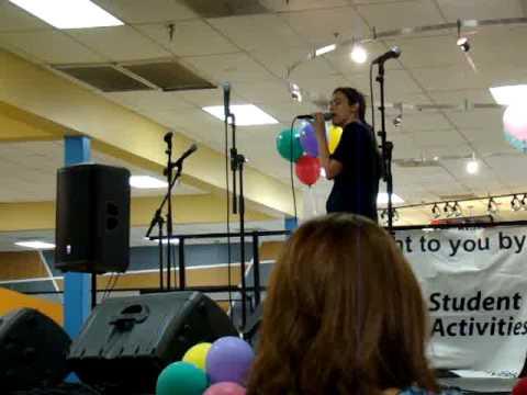 "Freshman Karaoke @ the ROT - ""Breaking Free"""