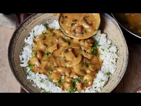 The Best Vegan Mushroom Stroganoff Recipe (Easy & Tasty)