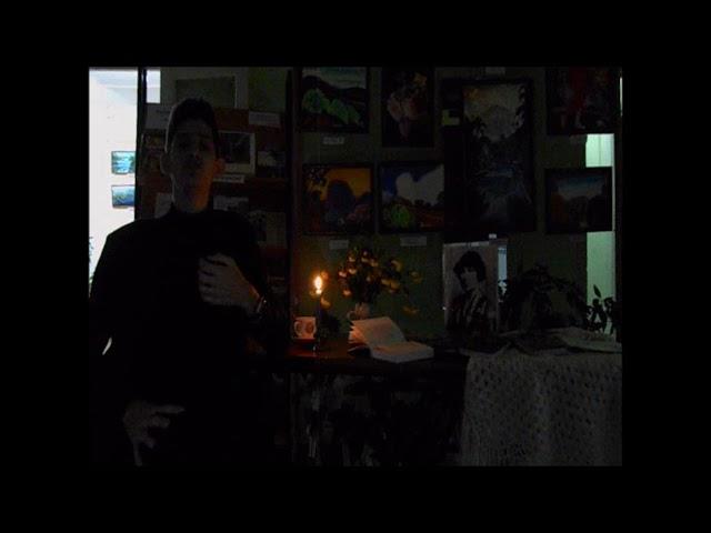 Изображение предпросмотра прочтения – ЛюдмилаВолкова читает произведение «Уж сколько их упало в эту бездну...» М.И.Цветаевой