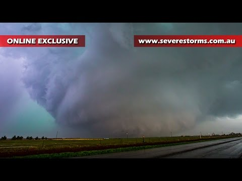Storm Chase & Spotting Dimmitt Texas Tornado 14 April, 2017