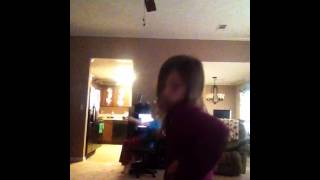 Little sis caught on camera dancing to Justin Bieber