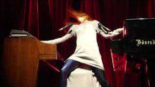 Tori Amos - Strong Black Vine (Vienna Stadthalle 2009-09-25)