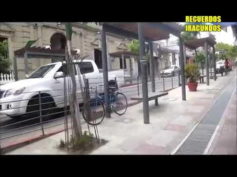 Por la Avenida  18 de Julio en  Paysandu --Uruguay ---2016