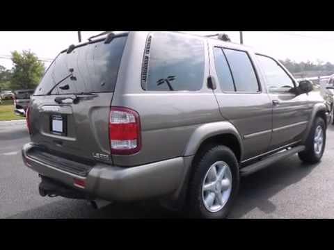Usado 2001 Nissan Pathfinder Para La Venta en Gainsville GA