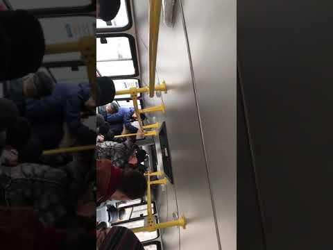Конфликт в автобусе . Омск. 05.04.19.