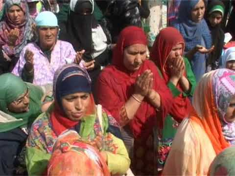 Meraj: Thousands offer night-long prayers at Dargah Hazratbal..by Firdous Elahi