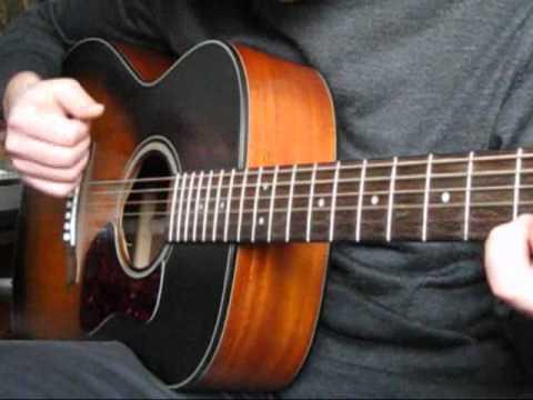 Половинка на гитаре