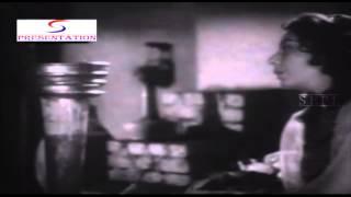 Ae Dilruba Dilruba - Lata Mangeshkar - RUSTOM SOHRAB - Prithviraj Kapoor, Suraiya