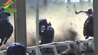 ACCIDENTE EN CARRERAS DE CABALLOS