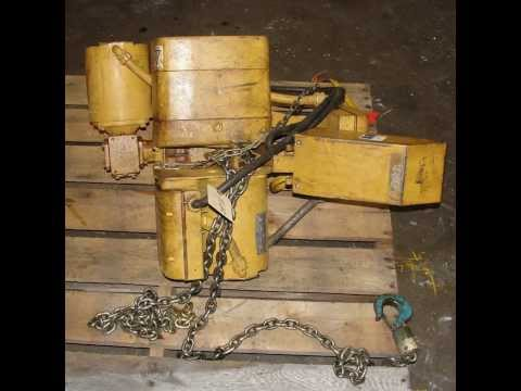ACCO Wright-Way 1 ton electric chain hoist with motor