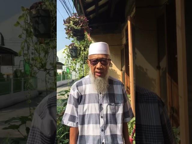KH SYUHADA BAHRI ( Mantan Ketua DDII & Penasehat Sekolah IAS AL-JANNAH)