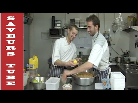 Christmas Pudding with TV Chef Julien from Saveurs Dartmouth U.K.