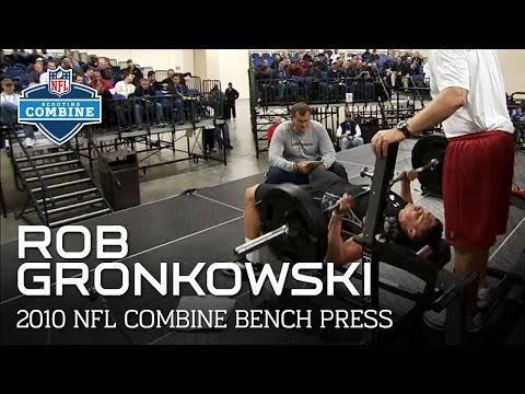Rob Gronkowski (Arizona, TE) Bench Press | 2010 NFL Combine Highlights