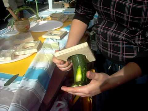 affetta taglia zucchine alla julienne a fette per