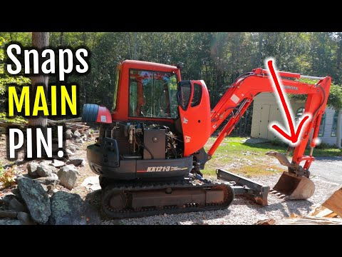 Kubota KX121-3 Mini Excavator Breaks Bucket to Arm Thumb Pivot Pin - Land Clearing Vlog